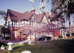 Pet Friendly Hotel in Bournemouth | Langtry Manor Hotel dogs welcome
